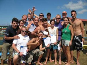 scuba-instructor-course-padi-honduras-2009-nov-ie